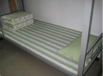 华美服装厂学生床上用品_厂家推荐学生床上用品_阜阳学生床上用品