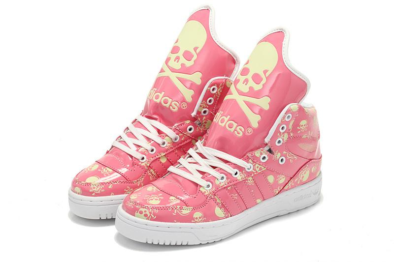 大舌阿迪达斯|当下高质量的运动鞋推荐
