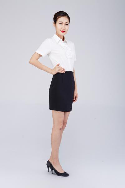 酒店制服批发价格提供,推荐一条龙服装——酒店前台工作服