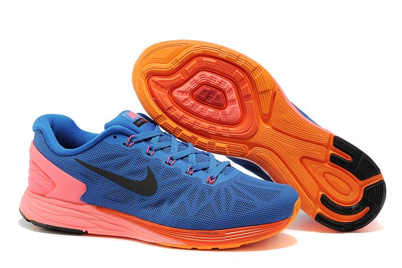 高仿鞋批发厂家直销|最知名的耐克赤足跑鞋要到哪儿买
