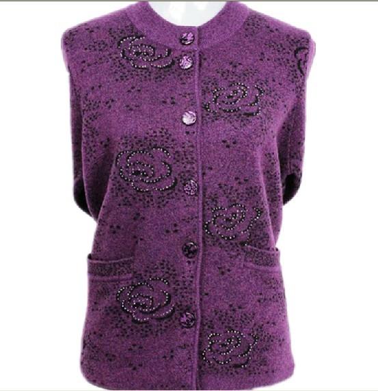 信阳中老年羊毛衫纯色简约风羊毛衫套头钻饰毛衣女批发