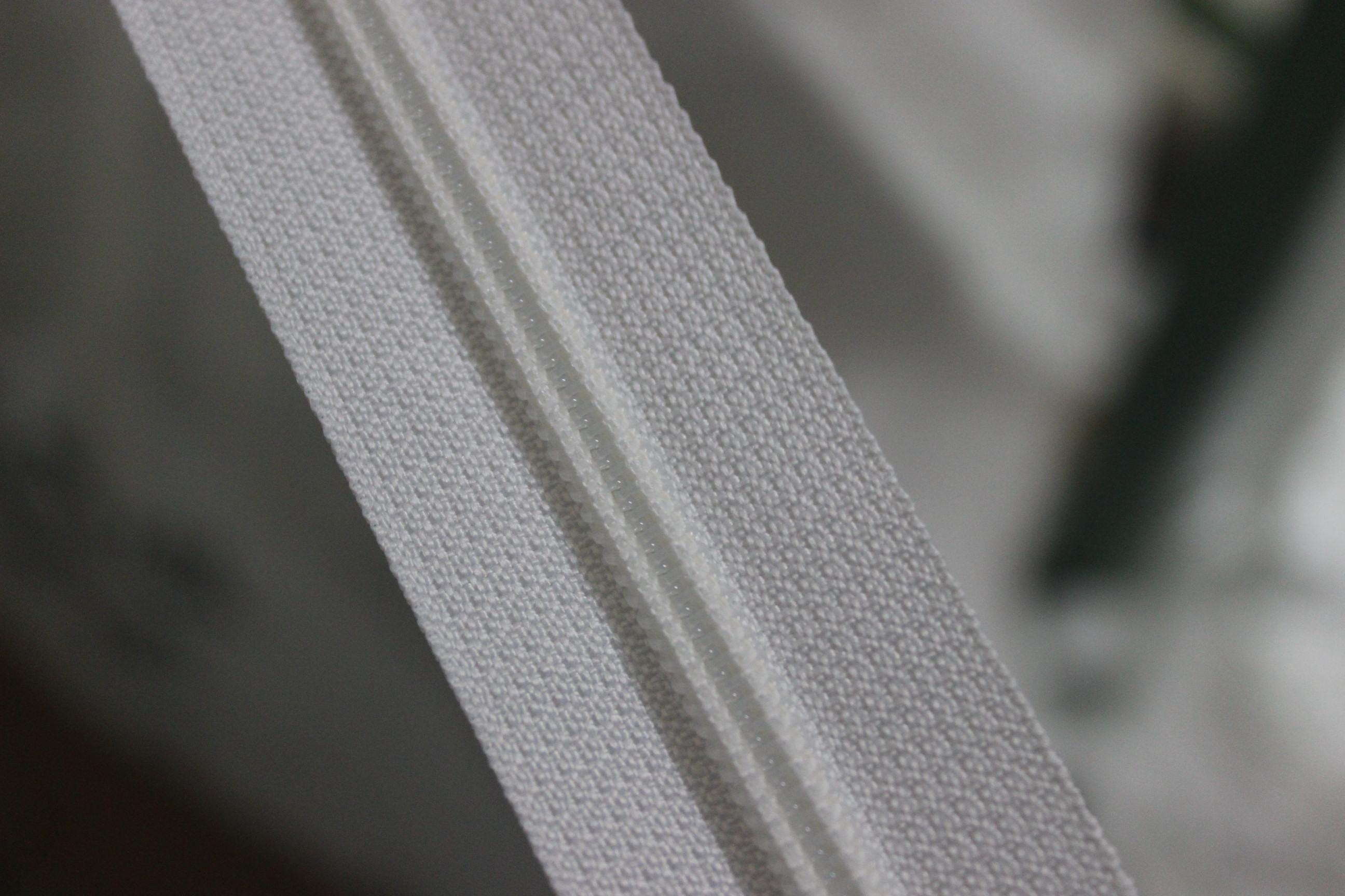 泉州优质金属拉链上哪买:拉链织带公司塑钢拉链