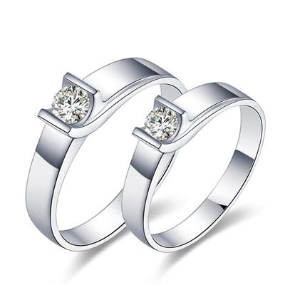 亮丽的婚戒 哪里能买?#23047;?#30865;好的情侣对戒