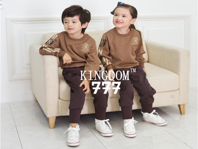 幼儿园园服专卖:打折幼儿园园服韩版风格购买技巧