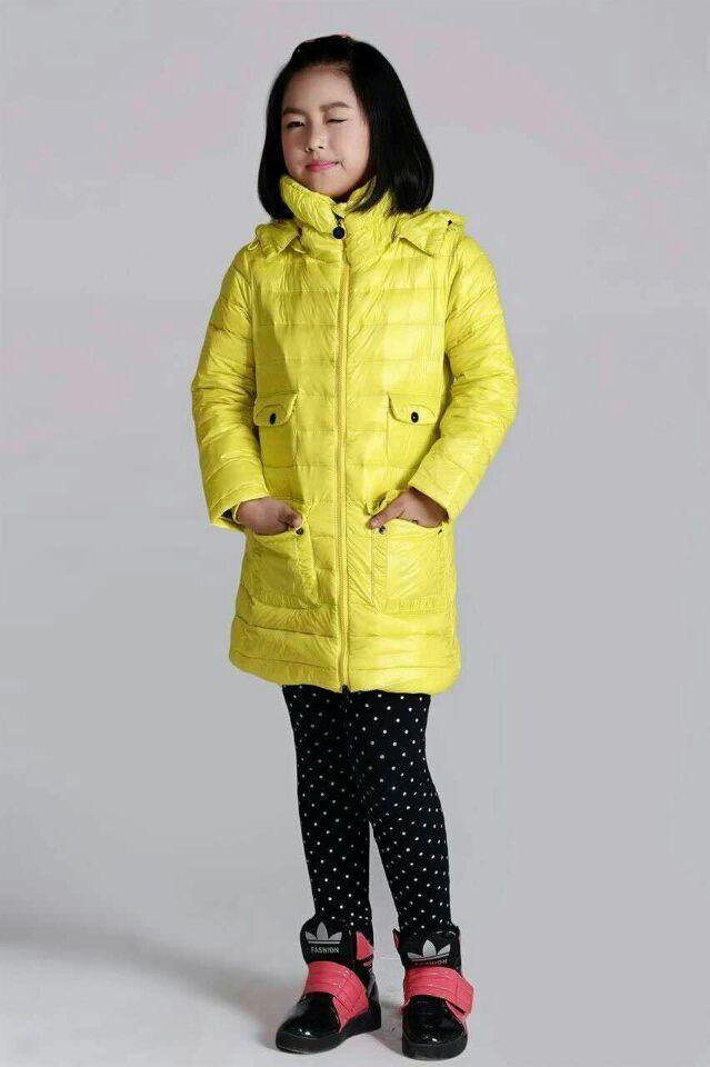 常年供应外贸尾单欧版及日韩版女款牛仔裤质量好价格低