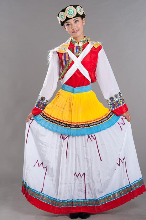 纳西族服饰厂家|怎样购买热门纳西族服饰