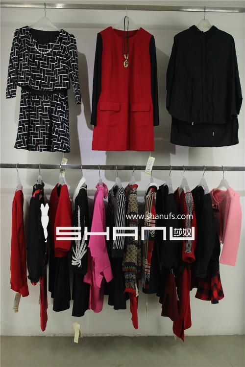 哪里有好的品牌女装库存货源-广州莎奴服饰品牌库存批发