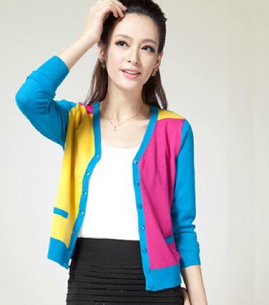 广州工厂直销女装韩版毛衣批发 库存便宜尾货女式针织衫批发