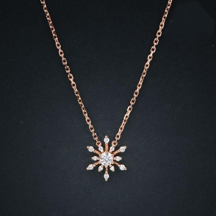 18k黄金钻石项链 雪花钻石吊坠 女 群镶超闪款 钻石批发 首饰加工