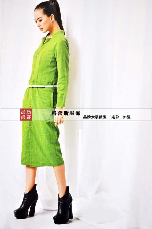 深圳格蕾斯专业批发低价女装/乔品棉麻风格 大码品牌折扣批发