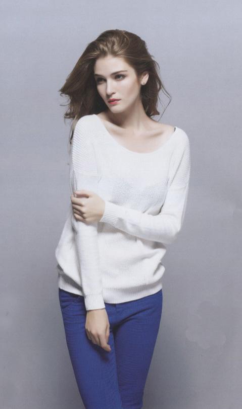 【阿莱贝琳】折扣女装,新优雅时代,展现女性的气质,让你一见倾心