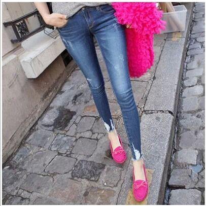 最便宜夏季牛仔裤批发市场 超低价修身牛仔裤