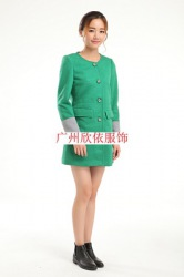 广东欣依品牌折扣女装低至1.2折批发
