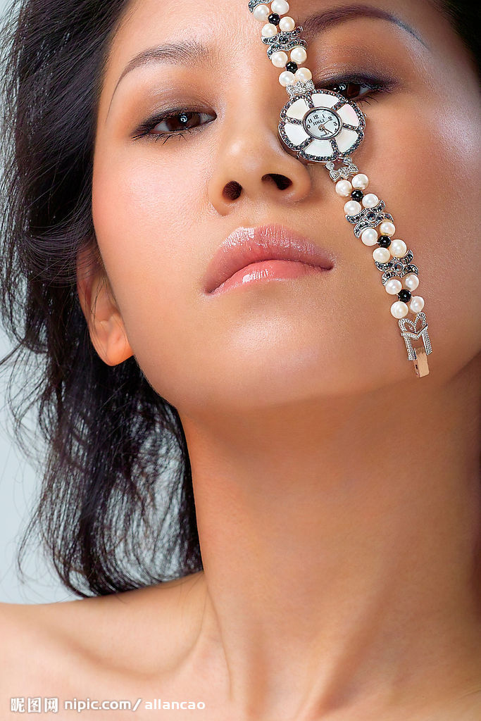 台州卡地亚手表回收卡地亚戒指项链手镯首饰