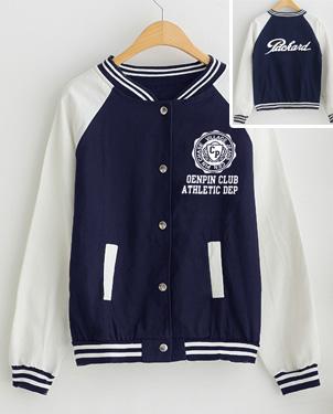 秋季韩版棒球服批发搭配短裙的棒球服批发淑女棒球服