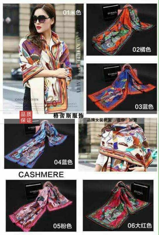 大量彩绘羊绒围巾应季畅销品质保证