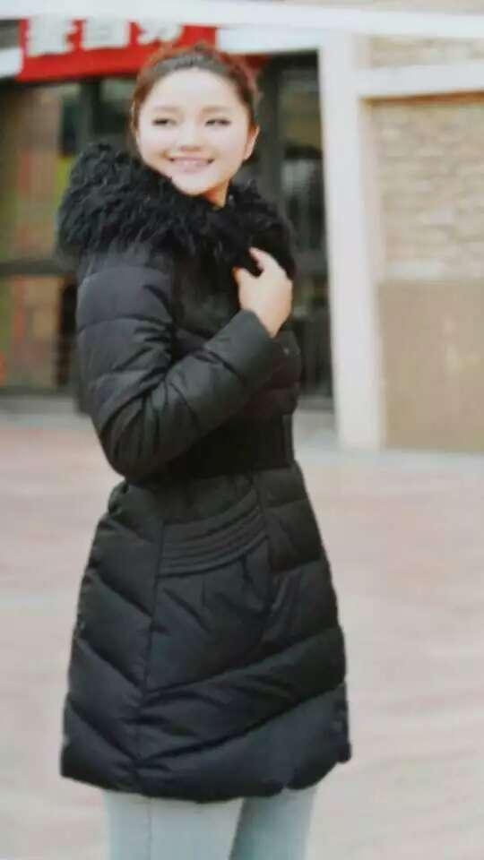 各季节服装价格优惠低价处理仓库库存尾货毛衣