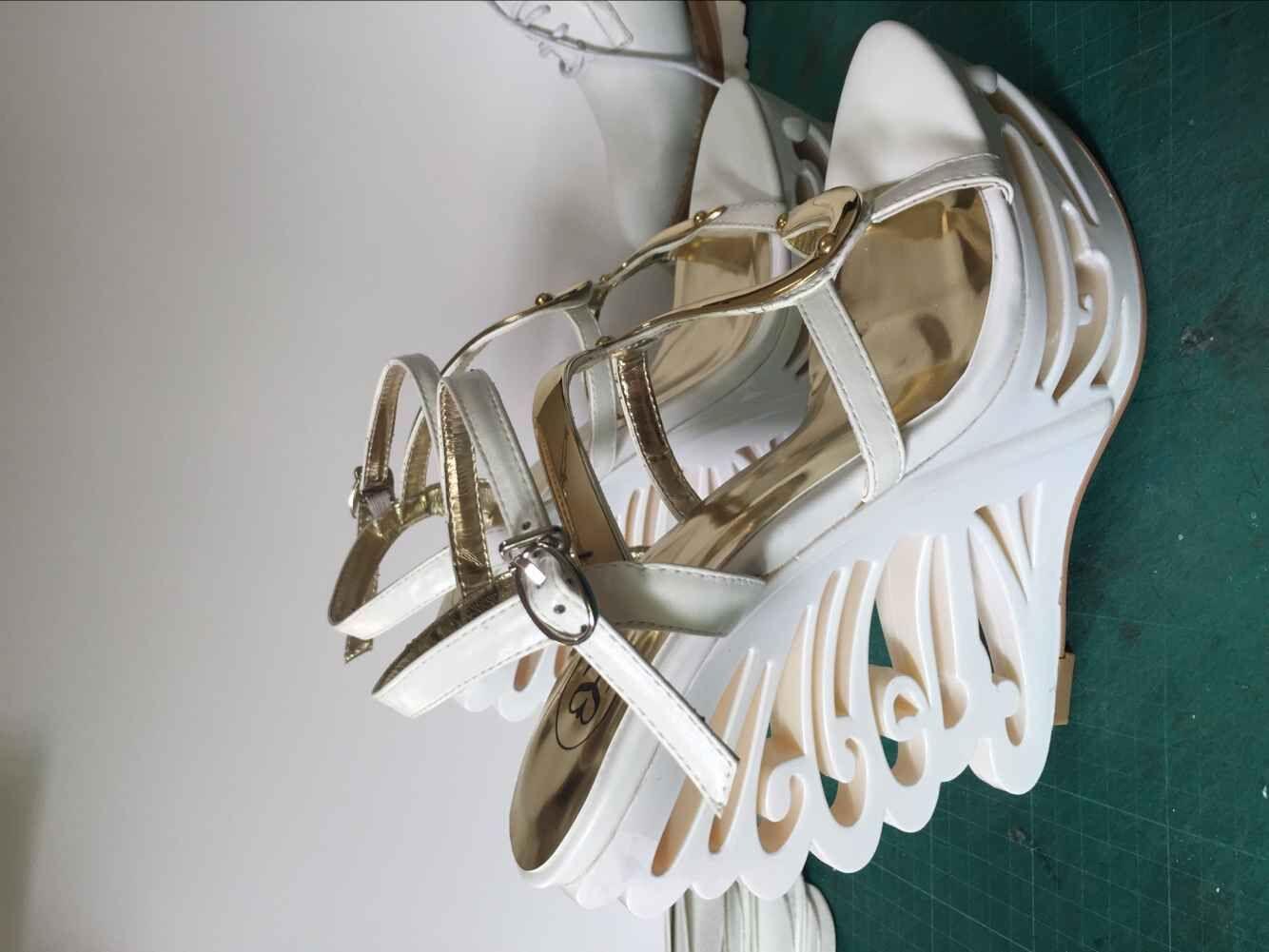 服饰婚鞋货源订做鞋厂实力开发看图片精做时尚女鞋厂家