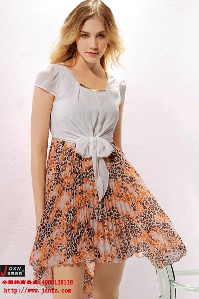 金蝶妮时尚女装,你的首选品牌!
