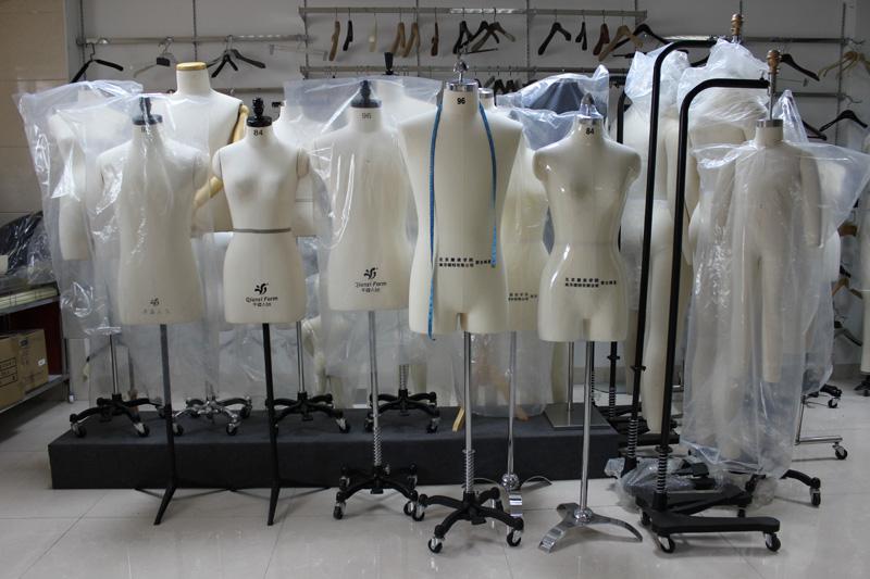我厂专业生产服装裁剪人台