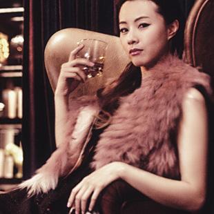 艾露伊Loey -LOVE爱、时尚而着迷 诚邀加盟