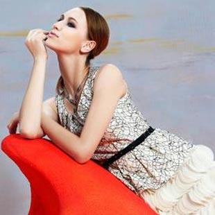 衣索女装热诚邀请全国时尚精英加盟代理