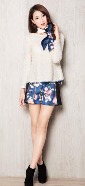 【红雨竹时尚女装】让你成为时尚先驱!