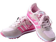 河南可信賴的路路佳鞋行運動鞋市場
