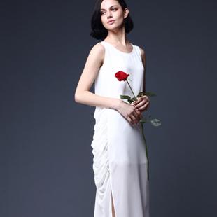 ECA女装诚邀加盟代理商-端庄典雅、时尚优雅