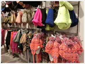 求购厂家长期大量回收旧衣服服装回收