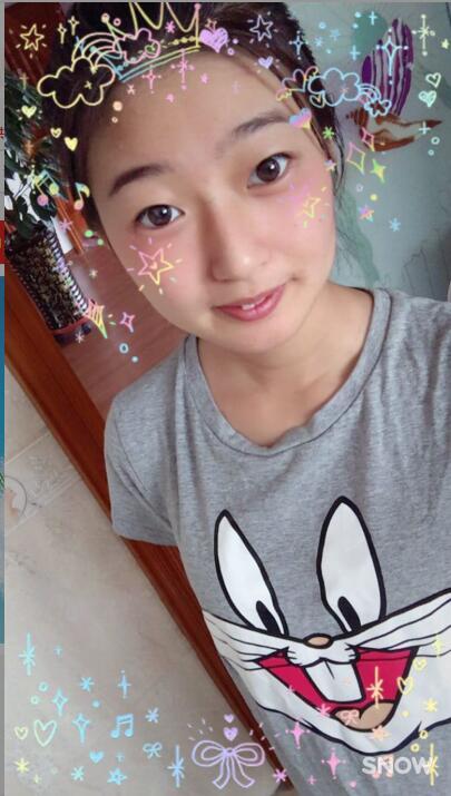 大庆市冰宝宝喜欢穿邢台凯珊定制的t恤