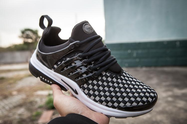 购买好的王飞线跑鞋当选非常诚信鞋服贸易:爆款耐克王飞线运动鞋