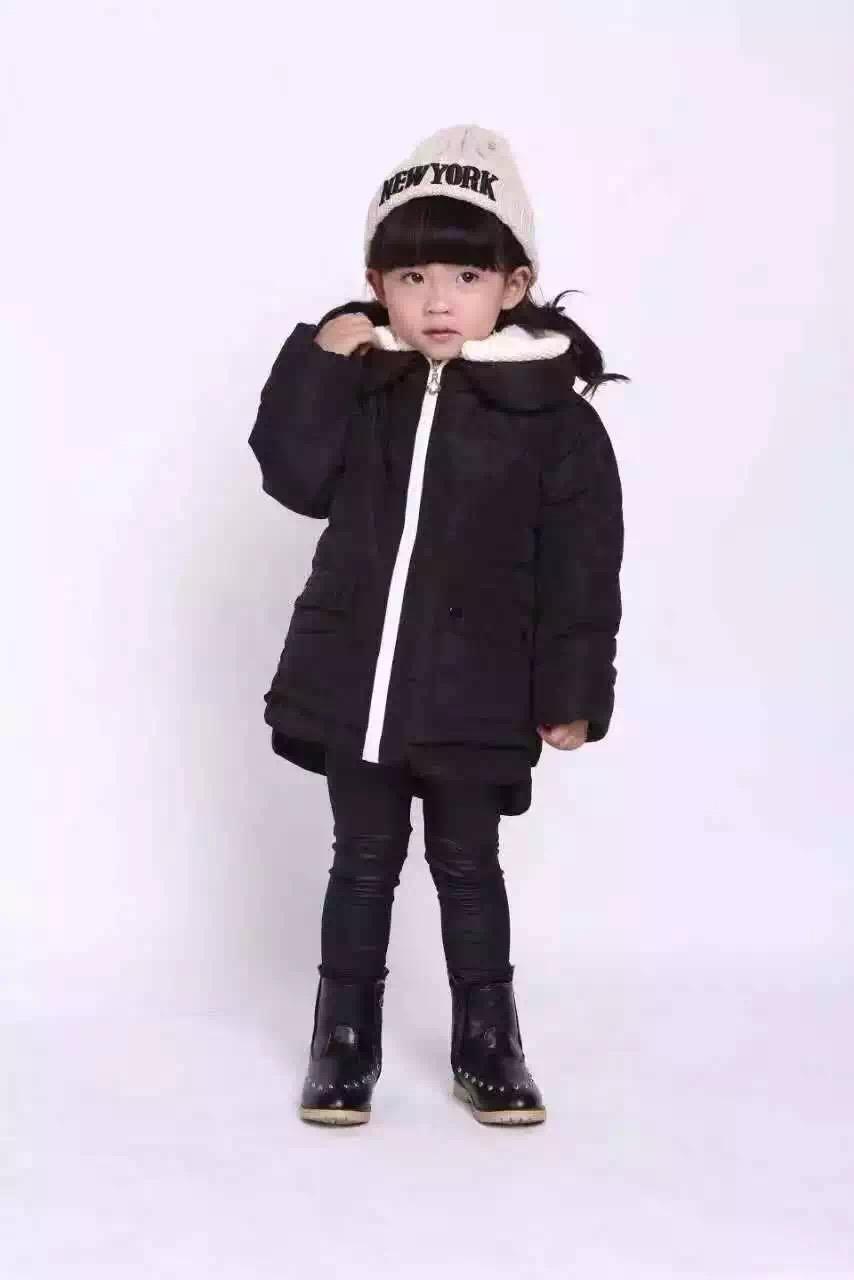 纯厂家一手货源杂整款品牌童装时尚男女装精品童装羽绒服大量到货外贸尾货服装