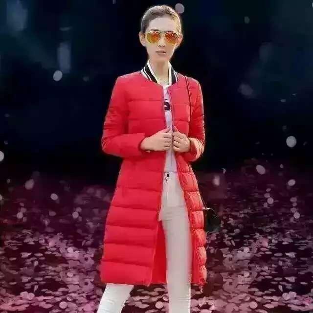 那里有全新秋冬毛衣开衫服装时装女装批发