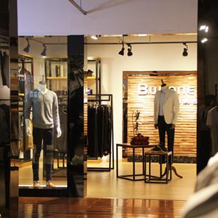 佰威奇品牌男装加盟,服饰企业发展潜力巨大