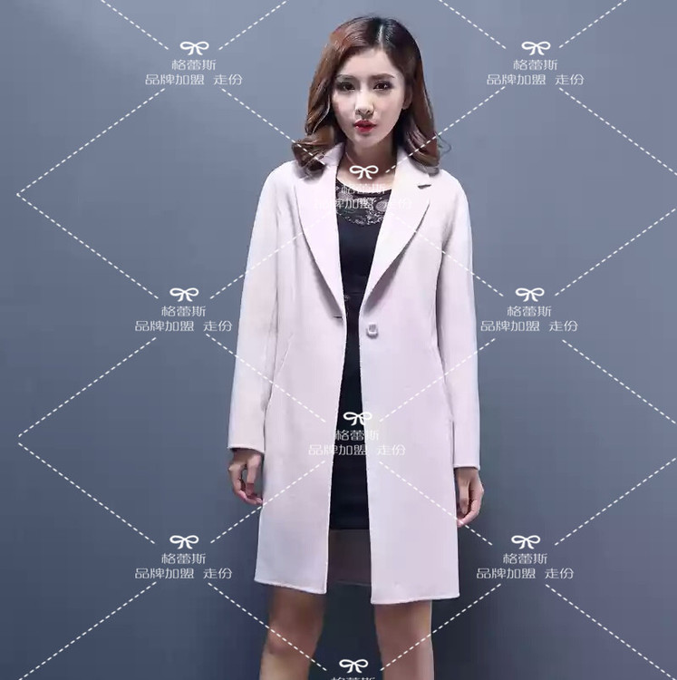 加盟薇妮兰品牌服装尾货折扣店低价供应双面呢大衣尾货