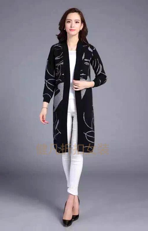 原单尾货大码女装中老年折扣品牌女装特价批发