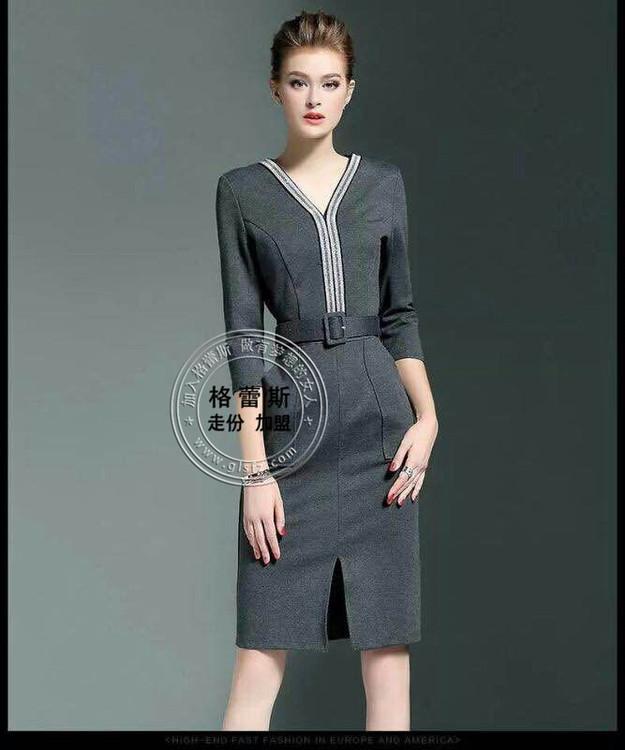 广西哪里有价格低衣服质量又好的品牌女装尾货批发市场