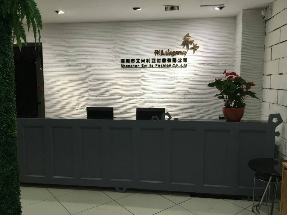 深圳十佳品牌弗卡女装诚招全国精英加盟