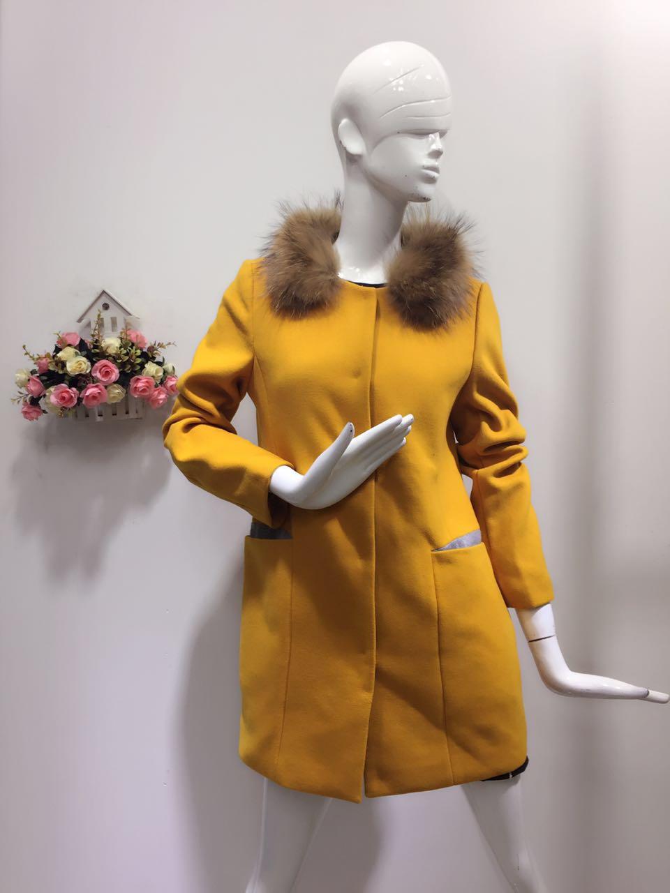 广州哪里有好的货源?婉枫品牌女装折扣一手货源