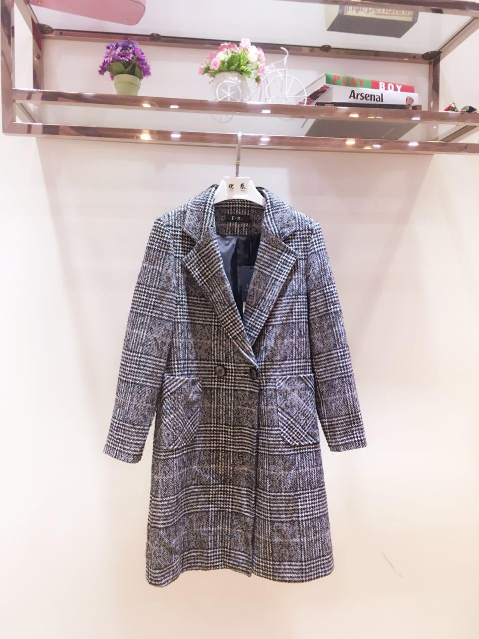 熙颖&F艾人15冬装品牌折扣店货源 厂家直供羊毛大衣走份批发