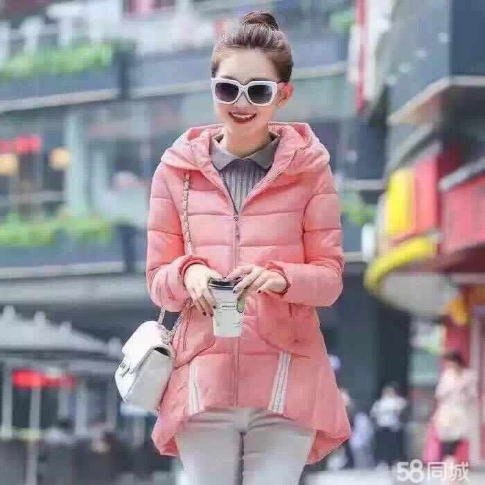 四季尾货服装批发,各种冬季男女爆款服装,棉服、羽绒服批发