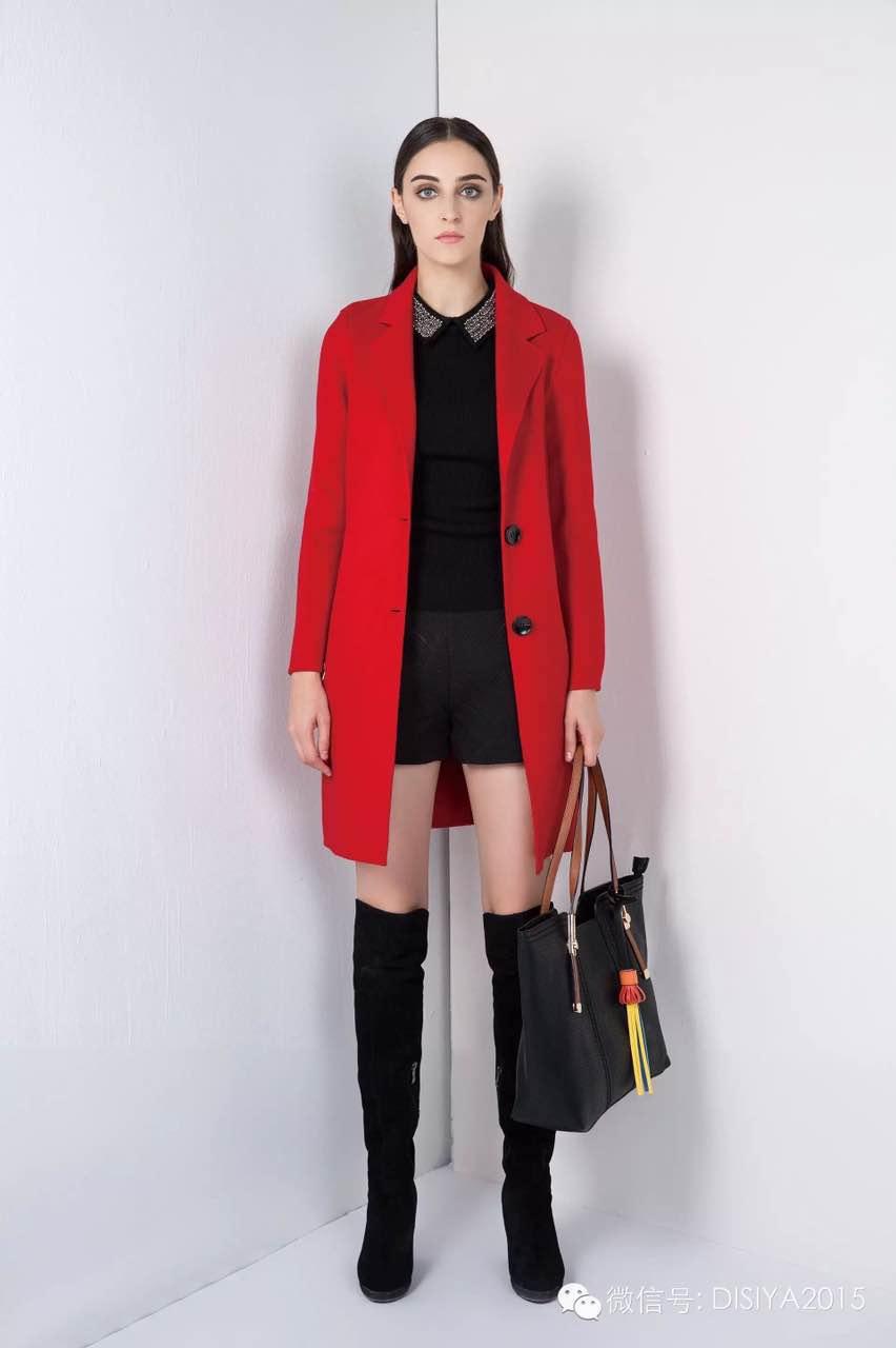 杭州知名品牌 迪丝雅冬装大衣羽绒服批发走份 品牌折扣店货源 一手货源