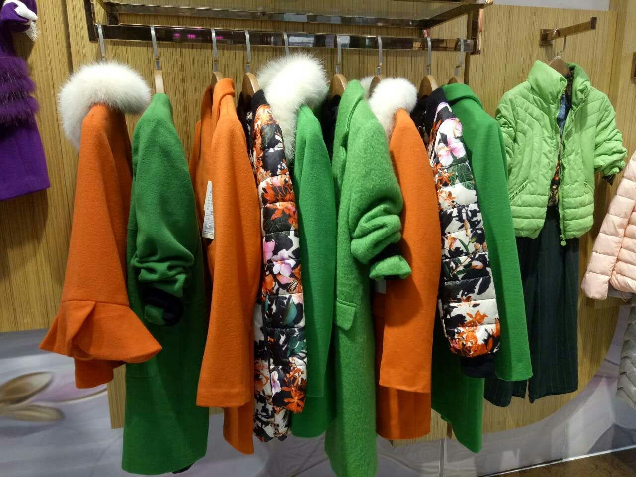 琥珀服饰品牌服装批发、加盟