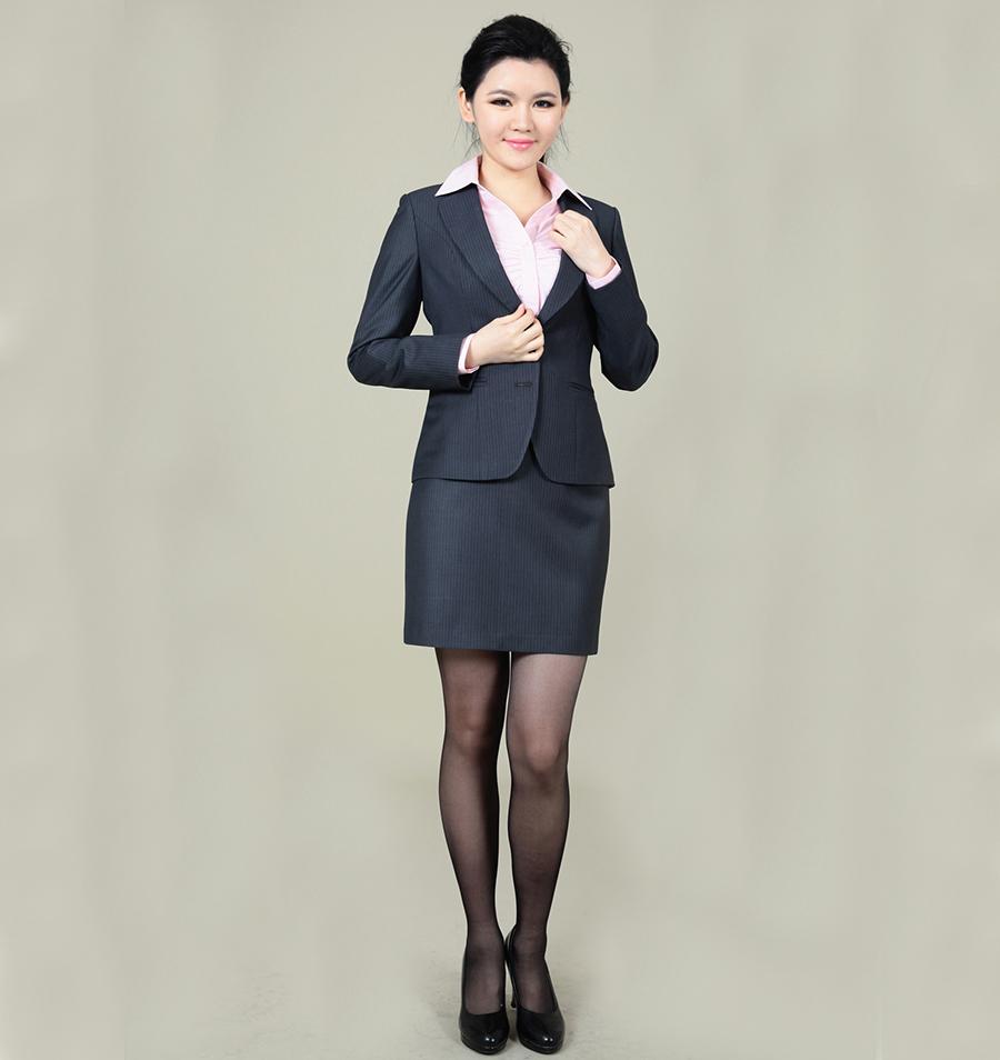 定做西服厂家上海西装定制上海西服订做
