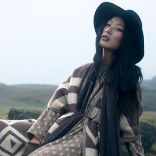 棉麻布衣风格女装加盟 -ZOLLE因为诚邀加盟 知名实力品牌女装!