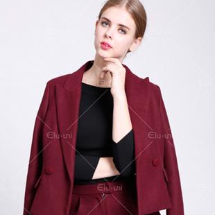 加盟快时尚女装-就选依路佑妮 专注女装16年、100%调换货!