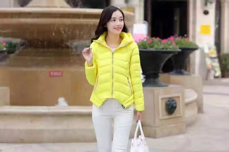 大板棉服羽绒服北京外贸便宜女装长袖短T恤打底衫批发