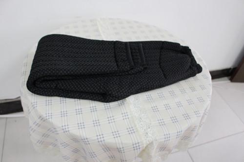 羊绒棉裤:据人体穴位,专门涂敷聊生物磁粉,形成恒定的磁力场