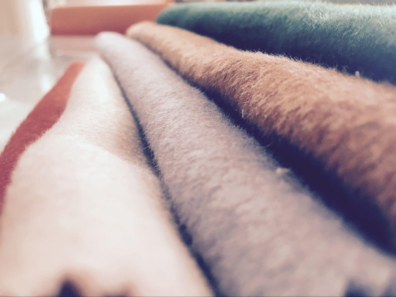 现货批发双面毛呢布料 加厚仿羊绒女装秋冬呢子大衣风衣服装面料